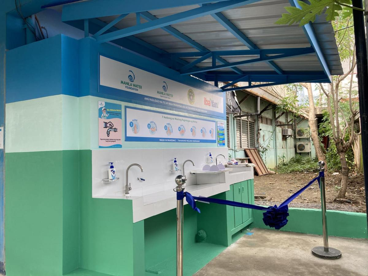 "The handwashing facility at Tahanang Walang Hagdanan features a ""hybrid"" design: two faucets allow PWDs to turn the faucet on via lever through hand or elbow, and another faucet with same manual lever and with foot pedal."